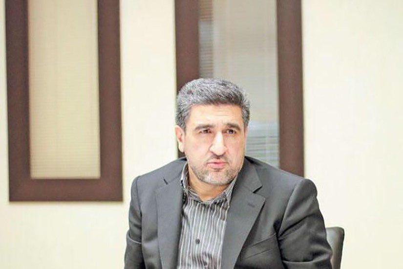 حجت اله صیدی با حکم وزیر اقتصاد مدیرعامل جدید بانک صادرات می شود